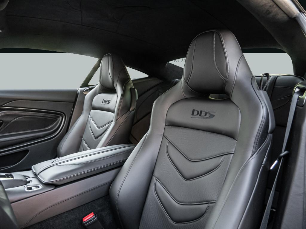 Aston Martin Köln • Aston Martin DBS